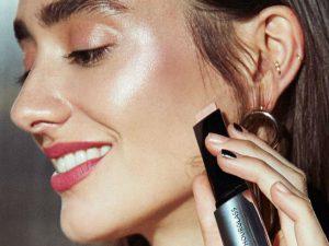 Iluminador maquillaje